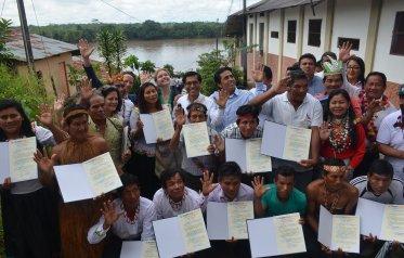 ENTREGAN TÍTULOS DE PROPIEDAD A 15 COMUNIDADES NATIVAS EN LORETO